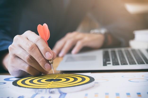 business-strategy-success-target-goals_1421-33